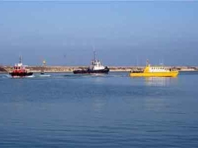 Oil pollution, search and rescue, fire-fighting and security exercise held in Amirabad port